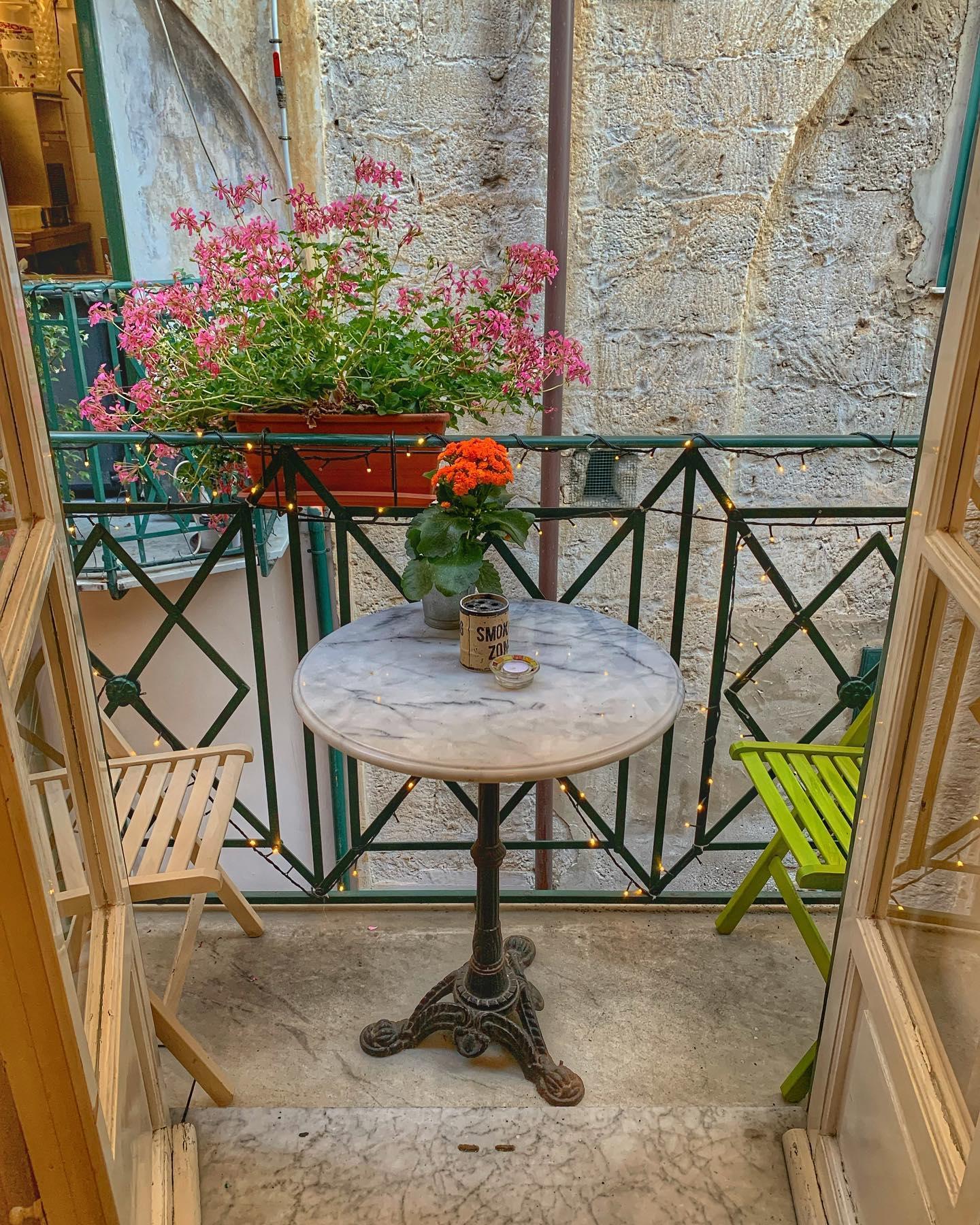 Locale Palermo foto